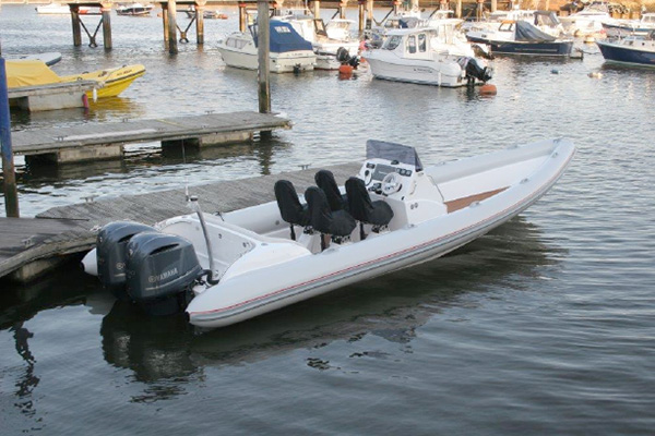 Sting 10m Twin Outboards